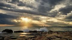 Playa Las Acacias, Malaga (Vest der ute) Tags: g7xm2 g7xll spain clouds sunset sky sea seascape water waves rocks reflections lateafternoon fav25 fav200