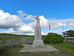 Forse, Latheron and Latheronwheel War Memorial, Caithness, Aug 2018 (allanmaciver) Tags: forse latheron latheronwheel caithness sutherland east coast kilted soldier granite self enclosed wall action clouds weather blue sky 1914 1919 1939 1945 world war second service sacrifice nation allanmaciver