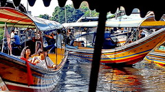 Bangkok Klongs Rush Hour (gerard eder) Tags: world travel reise viajes asia southeastasia thailand bangkok klongs boats boote barcas wasser water ships canal speedboats longtailboats floatingmarket floatingvillage outdoor city ciudades cityscape cityview happyplanet asiafavorites