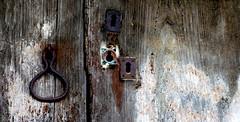 hierro viejo / old iron (Roger S 09) Tags: asturias cabranes niao hierro iron wood madera hórreo