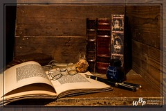 2280 - Old books (wibra53) Tags: 2019 braakmanweeblycom derooijfotografie boeken books brilletje fotouitdaging1 glasses inkt monocle old oud roos rose spectacles stilllifephotography stilleven vulpen