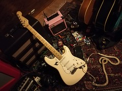 Fender Stratocaster (shortscale) Tags: guitar fender stratocaster vox da5 excelsior