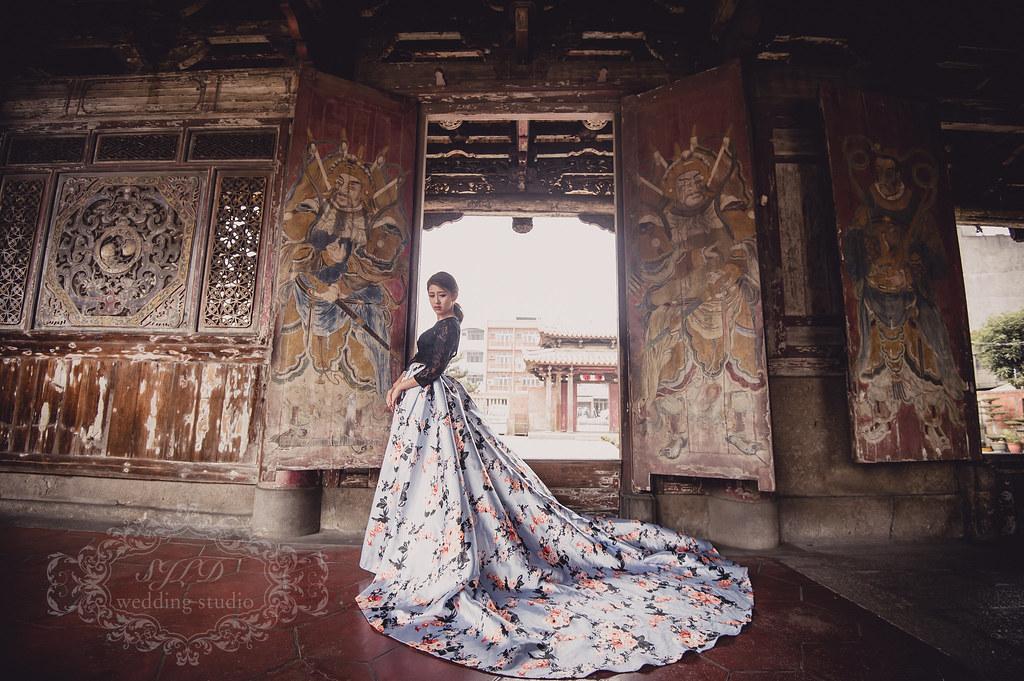 彰化婚紗攝影,彰化景點推薦拍婚紗,鹿港龍山寺拍婚紗,華紳訂製西服,懷舊復古