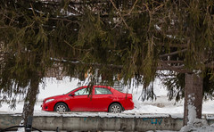 hd_20190130130322 (anatoly_l) Tags: russia siberia kemerovo city winter january 2019 snow red car