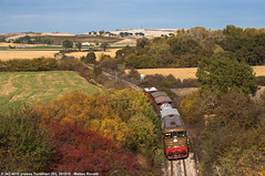 D 342 4010 (Matteo Rovatti) Tags: d3424010 d342 toscana tuscany colline hills historictrain autumn train trains treno