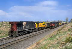 Coal trains meet at Leyden (Moffat Road) Tags: unionpacific up southernpacific sp formerriogrande coaltrain leyden colorado upmoffattunnelsub ac4400cw train locomotive railroad co meet dpu 366 ge