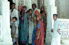 INDIA Y NEPAL 1986 - 101 (JAVIER_GALLEGO) Tags: india 1986 diapositivas diapositivasescaneadas asia subcontinenteindio cachemira kashmir rajastán rajasthan bombay agra taj tajmahal srinagar delhi