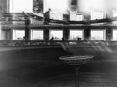 Coffee break (Bruno Olivieri) Tags: italia italy brunoolivieri fuji streetphotography biancoenero monocromo bw bn livorno x30 persone toscana mare cielo allaperto