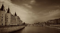 The river Seine… Paris (monazimba) Tags: paris river seine la conciergerie france pont neuf bridge monochrome
