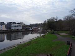 Ripples (Phil Gayton) Tags: water grass building sky cloud vire island river dart totnes devon uk