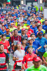 LD4_9886 (晴雨初霽) Tags: shanghai marathon race run sports photography photo nikon d4s dslr camera lens people china weekend november 2018 thousands city downtown town road street daytime rain staff