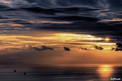 Tempesta al tramonto (danilocolombo69) Tags: tempesta mare navi tramonto nikonclubit danilocolombo danilocolombo69 ☯laquintaessenza☯ weatherphotography