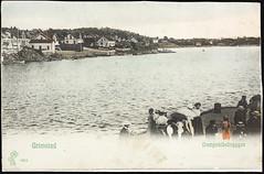 Postkort fra Agder (Avtrykket) Tags: bolighus brygge dampskipsbrygge havn hus postkort sjekte grimstad austagder norway nor