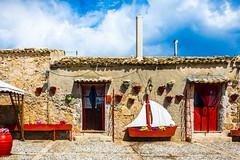 Marzamemi (fede_gen88) Tags: sicilia sicily italia italy nikond7200 nikon marzamemi door