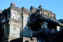 INDIA Y NEPAL 1986 - 61 (JAVIER_GALLEGO) Tags: india 1986 diapositivas diapositivasescaneadas asia subcontinenteindio cachemira kashmir rajastán rajasthan bombay agra taj tajmahal srinagar delhi