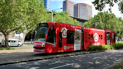 #3506 out of the CITY (Jungle Jack Movements (ferroequinologist)) Tags: d1 3506 2104 b2 city lygon st australian ballet tram kilda road princes bridge ngv national gallery victoria flinders station herald sun arts yarra river melbourne australia light rail urban authority class bogie workshop service public livery transport trolley cablecar fernacular run pull passenger rails line train set platform pickup carriage trip metro suburb suburban gunzel gunzelling gunzeller mind gap tramway ptv comeng siemens d combino cable car z3 exhibition 216 trams