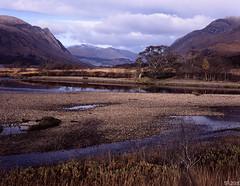 Ardmaddy Bay, Loch Etive (tthef) Tags: film fujichromeprovia100f bideannambian buachailleetivemor
