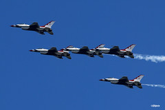 180822_38_ACAS_Thunderbirds (AgentADQ) Tags: united states air force thunderbirds atlantic city show airshow aerobatic flying aviation airplane jet fighter plane f16 fighting falcon vipr viper 2018 new jersey