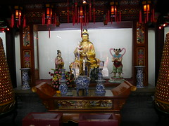 City God Temple of Shanghai (statues) (SpirosK photography) Tags: shanghai china κίνα σανγκάη city urban statue gods holyplace worship