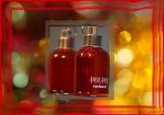 a bit of bling (quietpurplehaze07) Tags: smileonsaturdayperfume red bling bokeh proyecto365días ღღentreamigosღღ smileonsaturday perfume