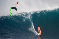 wsl jaws circus (Aaron Lynton) Tags: jaws peahi surf surfing maui hawaii jawschallenge peahichallenge jawschallenge2018 bigwave bigwavesurfing bigwaves bigwavesurf xxl wsl lyntonproductions canon pushing limits legends