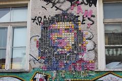 IMG_4437 Revalerstrasse Berlin (meuh1246) Tags: streetart revalerstrasse berlin mosaïque vivalaresolucion cheguevara