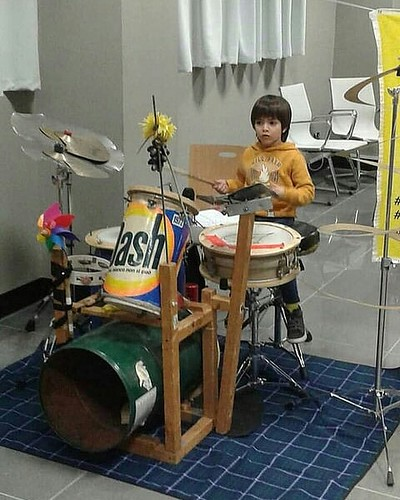 @gaudatsjunkband #batteria #drum ♻ #rifiutizero  #matteosodini #elettritv #zerowaste #popolare #folk  #rock #jazz #sperimentale #sottosuolo  #musica #concerti  #reciclyng #underground #musicaoriginale #webtvmusicale  #music #webtv #capannori #tibervalley