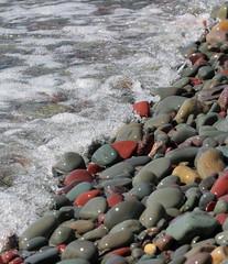 Green & Red Stones (peterkelly) Tags: digital canon 6d northamerica canada newfoundlandlabrador cavendish trinitybay stones rocks stone water shoreline shore coastline coast