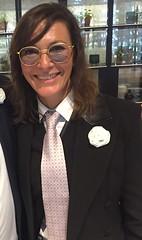 Antoinette (bof352000) Tags: woman tie necktie suit shirt fashion businesswoman elegance class strict femme cravate costume chemise mode affaire