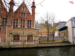 Sul canale - On the canal (rocco944) Tags: rocco944 bruges belgium canonpowershota2200