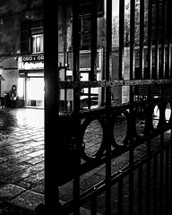 """In A Rainy Evening"" (giannipaoloziliani) Tags: flickr black noir urbanexplorer urbanstreet street night pioggia sera streetlife streetphotography italy italia downtown lightandshadow genova genoa dark darkness door cancello rain nikonphotography nikon nikoncamera"