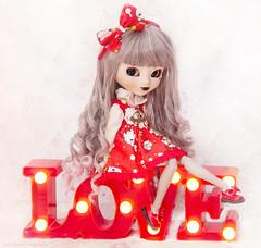 Kiquie - Pullip Fourrure (Candie Dolls ♡) Tags: asianfashiondoll asiandoll fashiondoll adorabledoll adorable adorablepullip groovedoll groove junplanning junplanningdoll kawaii kawaiidoll kawaiipullip pullip pullipdoll pullipfourrure cute cutedoll cutepullip red redlove love lovely redlovelamp