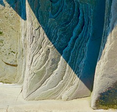(Edinburgh Nette ...) Tags: sandstone exposed layered rocks skateraw coast sedimentary shadows light ribbet november18