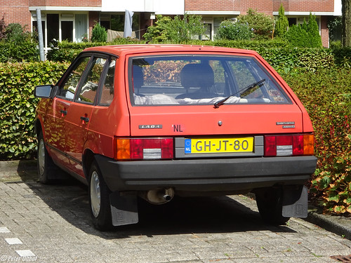 1993 Lada Samara 1300s (VAZ 2109 Лада Самара / ВАЗ 2109) ©  peterolthof