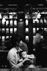 at the brunch place (ekonon) Tags: pushedonestop monochrome olympusxa2 1 blackandwhite film filmphotography