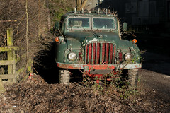 DSC00236-1 Humber 1 Ton wagon (Lawrence Holmes.) Tags: sony dscr1 army wagon green decay austin bedford sowerbybridge calderdale westyorkshire uk lawrenceholmes humber rolls royce k9 champ australia b60