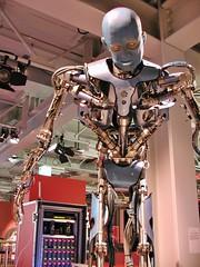 Roboter 2001 (Sanseira) Tags: computer roboter wdr computernacht paderborn hnf 2001 künstlicher mensch heinz nixdorf museumsforum museum