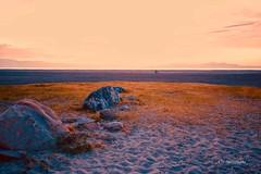 詩,與遠方 (Victor Ye) Tags: outdoors light landscape rocks golden sky lake sunset