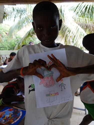 Cheikh a fait un dessins aux couleurs du Sénégal, sur lequel il a écrit qu'il serait un joueur