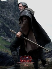 lukeDX_002a (siuping1018) Tags: hottoys disney siuping starwars thelastjedi luke rey photography actionfigures onesixthscale toy canon 5dmarkii 50mm