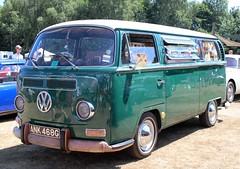 ANK 468G (Nivek.Old.Gold) Tags: 1969 volkswagen camper 1584cc earlybay