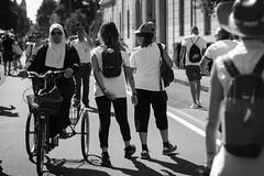 DSC_4342 (Christian Taliani) Tags: ferrari streetphoto streetphotography people viaemilia vasco vascorossi blasco musica music concert concerto rock street 1luglio 2017