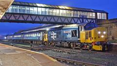 Night Flight (Richie B.) Tags: 2c59 workington main railway station cumbria arriva northern trains english electric drs direct rail services british class 37 37424