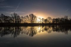 Watermead sunrise. (Pete Cartwright) Tags: watermead country park nikon d7200 sigma f35 1020mm water trees sun