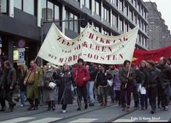 Demonstratie tegen de Golfoorlog Amsterdam, 26-1-1991 (k.stoof1) Tags: demonstratie demonstration gulf war golfoorlog amsterdam