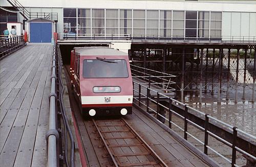 19880903-SouthendPier (12)
