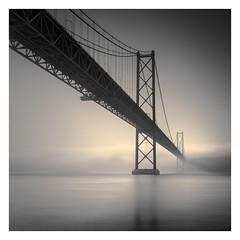 Ponte 25 de Abril IV (Vesa Pihanurmi) Tags: bridge ponte ponte25deabril lisbon lisboa fog architecture mist monochrome