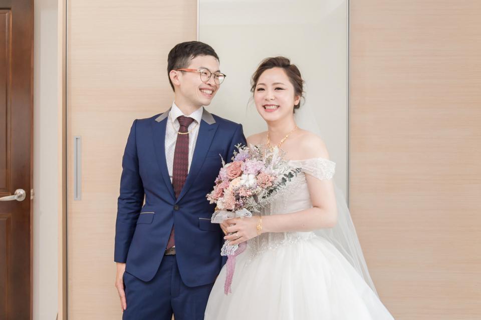 台南東東宴會式場 婚宴 走在幸福的紅毯上 R & B 052