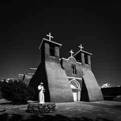 San Francisco de Asis Mission Church No. 3 (Mabry Campbell) Tags: h5d50c hasselblad newmexico sanfranciscodeasismissionchurch stfrancisofassisi taos taoscounty usa unitedstatesofamerica blackandwhite church fineart fineartphotography historic image landmark mission monochrome old photo photograph religion squarecrop touristattraction f80 mabrycampbell august 2017 august142017 20170814campbellb0001515 24mm ¹⁄₆₄₀sec 100 hcd24 fav10 fav20 fav30 fav40 fav50 fav60 fav70 fav80
