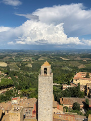 San Gimignano (Brennan Wille) Tags: sangimignano tuscany italy landscape skyline horizon storm clouds summer september 2018 italia toscana rural farms tower architecture bell stone country cumulonimbus rain sky sun light iphoneography iphone iphone8 brennanwille lightroom highdynamicrange hdr exposure view